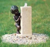 """садовый фонтан """"Мальчик у источника"""""""
