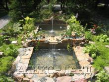 декоративный пруд, фонтан.